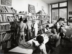 [Salle enfants de la bibliothèque du 2e arrondissement]
