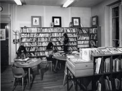 [Salle des enfants de l'ancienne bibliothèque de Saint-Rambert]