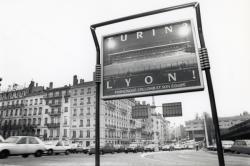 """[Affiche électorale """"Turin ? Lyon !""""]"""