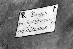 "[""En 1991, rue Saint-Georges... on bétonne !""]"