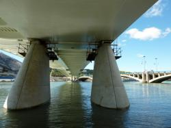 Piles du Pont Raymond-Barre