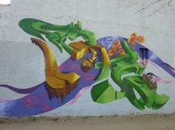 Graffiti le long de la piste cyclable près de la rue Feuillat