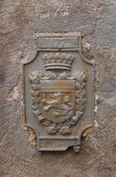 Repère de nivellement 177, sur le Palais Saint-Pierre (Musée des beaux-arts) ,  place des Terreaux, côté Chenavard