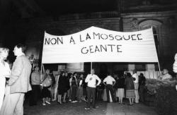 [Manifestation des opposants à la construction de la mosquée de Lyon]