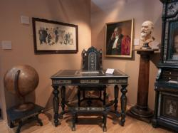 Collections du musée d'Histoire de la médecine, le cabinet du Docteur Gailleton