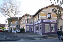 La Cité Tase : les commerces à l'angle de la rue Alfred de Musset et de la rue de la Poudrette