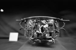 """[Exposition """"Trésors d'orfèvrerie gallo-romain""""]"""