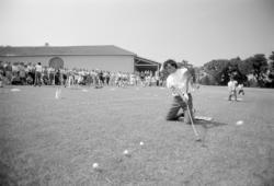 [Show inaugural du Golf-club d'Albon (Drôme)]