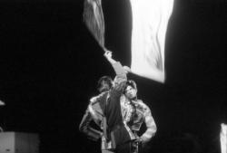 """[""""Le Peuple en marche"""", spectacle son et lumière à Saint-Priest]"""