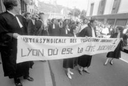 [Manifestation des avocats et magistrats de Lyon]