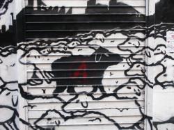 "Tag ""Vilain mouton noir"", rue Diderot."