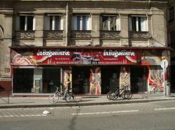 Place Tobie Robatel : La baguetterie