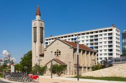 Eglise Saint-Charles de Serin