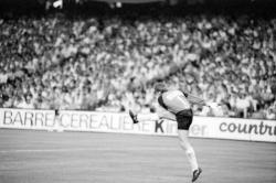 [Football : Olympique lyonnais - Olympique de Marseille (1-3)]