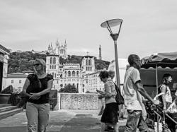 Marché, quai des Célestins