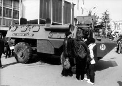 [Exposition de véhicules militaires à la Foire de Lyon]