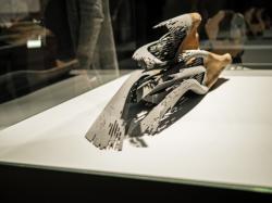 Mariage de bois et de métal, Biennale du design de Saint-Etienne
