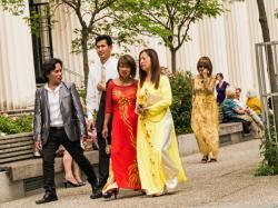 Mariage asiatique, place du Docteur Lazare Goujon