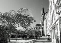 Eglise Saint-Georges et place Benoît-Crépu