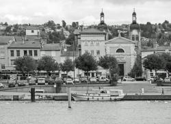Quai et église de Neuville-sur-Saône