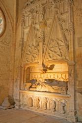 Abbaye Notre Dame d'Ambronay, tombeau de Jacques de Mauvoisin