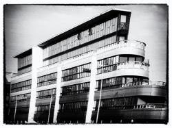 Immeuble bateau, boulevard Marius Vivier Merle
