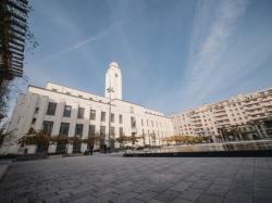 Façade de l'Hôtel de Ville de Villeurbanne