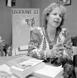 [Guènia Cuzin, présidente du comité Ukraine 33]