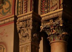 La Basilique Saint-Martin d'Ainay, chapelle de la Sainte Vierge, chapiteaux