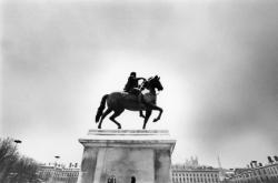 [Monument équestre de Louis XIV, place Bellecour]