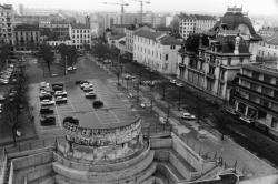 [La place Ambroise-Courtois]