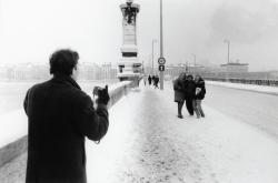 [Le pont de l'Université sous la neige]