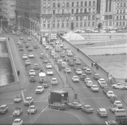 Circulation en ville -- Automobile et Piétons