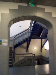 Manufacture des Tabacs, escalier.