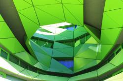 Le Cube Vert, architectes Jakob + MacFarlane. Détail de façade.