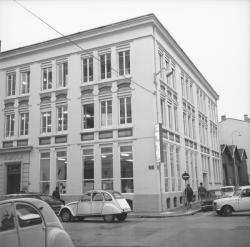 Immeuble pour l'emploi