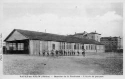 Vaulx-en-Velin (Rhône). Quartier de la Poudrette. L'école des garçons