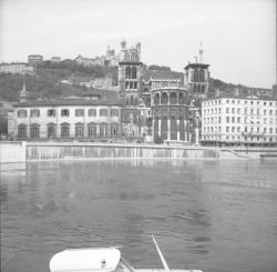Pont Bonaparte : Port de plaisance