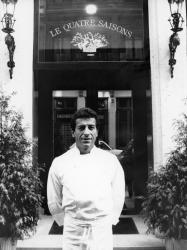 """[Restaurant """"Le Quatre Saisons"""" (Lucien Bertoli, gérant)]"""
