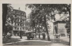 Lyon : Place et Pont Mouton