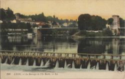 Lyon : Le Barrage de l'Ile Barbe