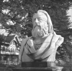 Brun de la Valette à Oullins et Pierre-Bénite