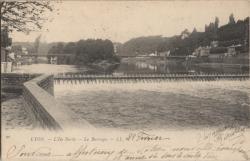 Lyon : L'Ile Barbe ; Le Barrage