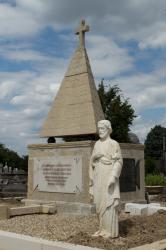 Carré des Prêtres du cimetière de Loyasse