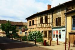 Châtillon-sur-Chalaronne, rue Pasteur
