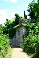 [Parc Sergent Blandan, remparts du front forestier, 7e arrondissement]