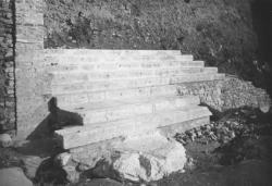 Escalier monumental, côté nord