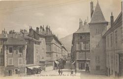 Chambéry : La Place du Château et la Rue de Boigne;