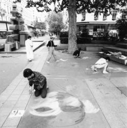 [Octobre des arts (1987) : 1er festival de peinture de trottoir]