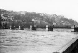Pont Vaïsse sur le Rhône